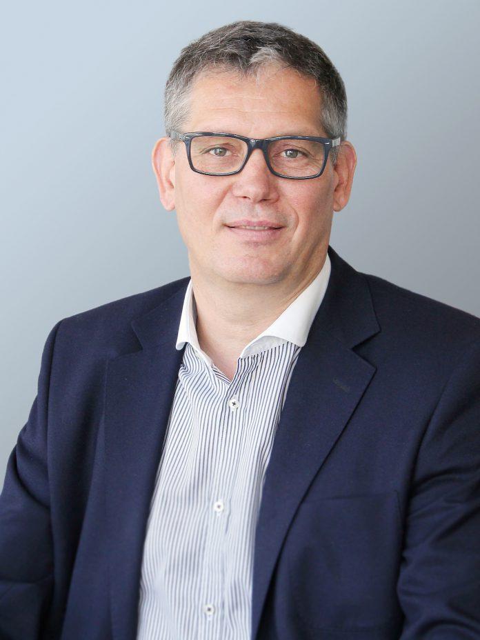 Dr. Robert Sala